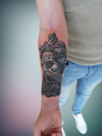 tatuaje-alb-negru-14