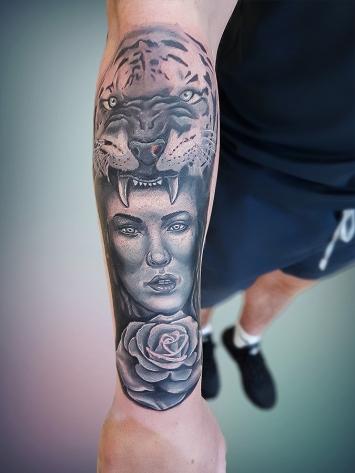 tatuaje-alb-negru-17