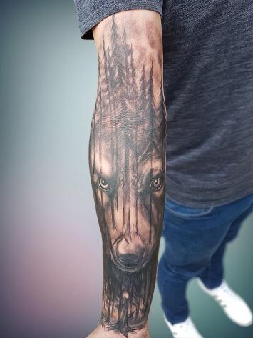 tatuaje-mana-alb-negru-1